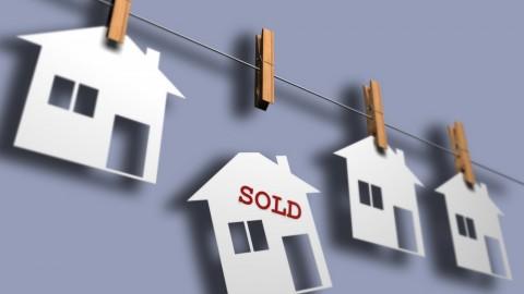 La valoración de la compra-venta de viviendas ha subido.